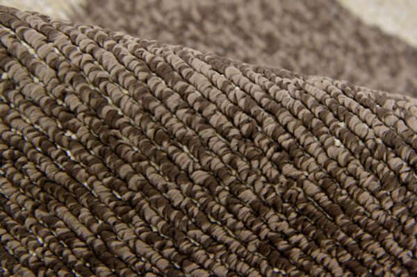 撥水ダイニングラグ ブラウンは、柔らかなループパイル